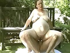 Pregnant milf gets cumload on lips