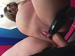 Pregnant beauty jumps on hard dick